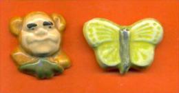 Lot De 2 Feves Faience Bebete Show Et Papillon - Moulin A Huile - Anciennes