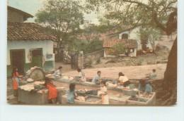 TAXCO GRO - Lavanderas Indigenas . - Mexique