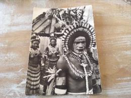 Nouvelle Guinée Mission De Papouasie Danseur à La Face Peinte Cpm - Papouasie-Nouvelle-Guinée