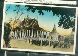 Indochine - 172 Bonzes Devant La Pagode D'Argent à Phnom Penh   - Lfh173 - Cambodia