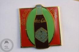 Vintage/ Retro Coca Cola Advertising 1900 Bottle - Pin Badge - #PLS - Coca-Cola