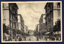 Carte-photo .La Spezia. Via Cavour Dal Mercato. - La Spezia