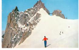 Chamonix Mont Blanc - Arrivée Du Téléphérique Au Sommet De L'aiguille Du Midi - Chamonix-Mont-Blanc