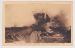 LES COMBATS DU FORT DE VAUX - N° 1 - LE 1er JUIN 1916 DES OBUS DE GROS CALIBRES ALLANT DU 210 AU 420 TOMBENT SUR LE FORT - France