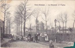 Vieu Genappe  La Chaussée Et L'eglise Tache D'encre Coin Inférieur Droit Très Belle Carte Bien Animé Circulé En 1906 - Genappe