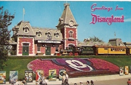 DISNEYLAND:  POSTCARD GREETINGS FROM DISNEYLAND! THE MAGIC KINGDOM. CIRCULATED 1965. GECKO - Disneyland