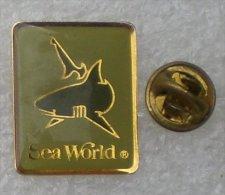 SEA WORLD REQUIN                 OOO   105 - Dieren