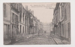 WW I: CARTE POSTALE MILITAIRE:SOISSONS.MAISON S BOMBARDEES. - Guerre 1914-18