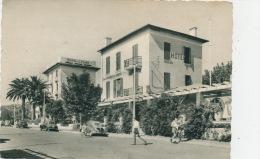 CAVALAIRE SUR MER - Les Hôtels (1957) - Cavalaire-sur-Mer