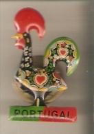 PIN DE UN GALLO DE PORTUGAL (GALLO-COQ) - Animales