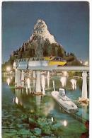 DISNEYLAND: MATTERHORN MOUNTAIN. THE GLACIER GROTTO. CIRCULATED 1967. GECKO. - Disneyland