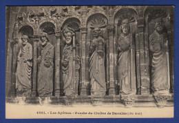 29 DAOULAS Les Apôtres, Porche Du Cloître, Côté Droit - Daoulas