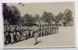 Alg�rie--MAISON CARREE (EL HARRACH)-Caserne du 45� R.T(anim�e)-Lieutenant Brindel et peloton d'�l�ves grad�s-carte-photo