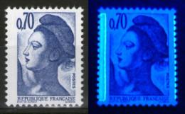 Variété Du N° 2240**_bande à Gauche Et Phospho Sur Dents à Droite - 1982-90 Libertà Di Gandon