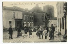 MOUILLERON En PAREDS. - La Place Du Vieux Marché - Mouilleron En Pareds
