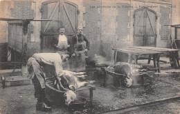 ¤¤  -   PARIS   -   Les Abattoirs De La Vilette  -  Egorgement Des Veaux  -  Boucherie , Bouchers   -  ¤¤ - Arrondissement: 19