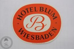Hotel Blum, Wiesbaden - Germany - Original Hotel Luggage Label - Sticker - Etiquettes D'hotels