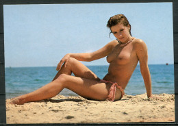 "CPSM Color  AK Germany,Allemagne ""Badespass An Der See,1 Femme,1 Nudistin ""1 Karte Blanco. - Pin-Ups"