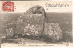 """DOL - La Pierre, Dite Du """"Pied De St Michel"""" - N°58 - Dolmen & Menhirs"""