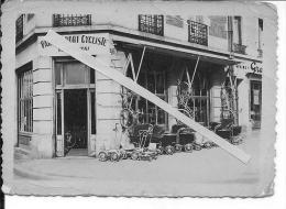 Soissons Aisne Picardie Magasin Burger Atelier De Réparations Cycles Sport Cycliste Cyclisme Voitures D´enfants 1 Photo - Places
