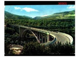 Les Gorges Du Verdon La Route Vardoise Et Le Pont Sur L'arc - France
