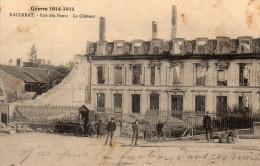 Cpa 1915  BACCARAT, Rue Des Ponts, Le Château Détruit, Guérite Avec Soldats, Badauds,    (35.31) - Baccarat