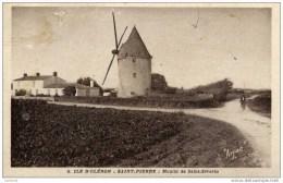17 Île D´Oléron - SAINT-PIERRE-D'OLERON - Moulin De Saint-Séverin - (moulin à Vent) - Ile D'Oléron