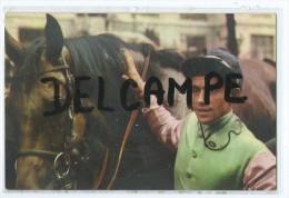 Postillon Vous Offre Le Calendrier Des Courses Pour Novembre 1967 -JEAN CLAUDE DESAINT Sur PANSA - Calendars