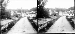 PN 0335 - CREUSE - MOUTIER  D' AHUN - Pont Du XVe Et Eglise - Plaques De Verre