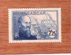 MADAGASCAR  --  EXPLORATEUR......JEAN  LABORDE  --  **  2,25 F. **  --  POSTE  1938  -- NEUF  SANS  TRACE  DE  CHARNIERE - Neufs