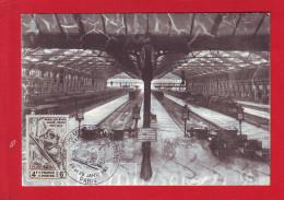 6474 - CARTE POSTALE TRAIN RAIL CHEMIN DE FER CHEMINOT LOCOMOTIVE GARE DE LYON - Non Classés