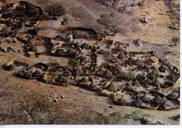 Afrique : Tchad - village Kenga pr�s de Bitkine (Guera) photo Desportes n�139