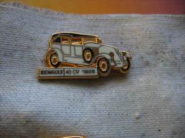 Pin's RENAULT 40CV De 1926. Pin's CEP Paris - Badges