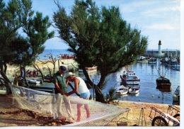 Ile D'Oléron La Cotinière : Très Joli Port De Pêcheurs (ravaudage Des Filets) Métiers N° 301 Yvon Toilée - Ile D'Oléron
