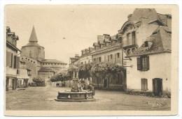 SAINT SAVIN -LA PLACE DU VILLAGE -Hautes Pyrénées (65) - - Autres Communes