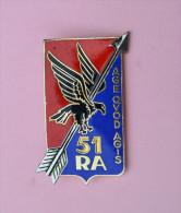 INSIGNE 51° REGIMENT ARTILLERIE  G2242 - Armée De Terre