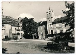CPSM - VEBRON (Lozère) - La Place ( Beau Plan De La Mairie) - France