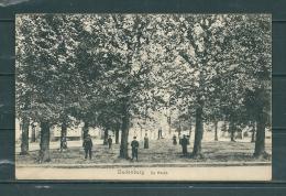 OUDENBURG: De Markt, Niet Gelopen Postkaart  (GA12490) - Oudenburg