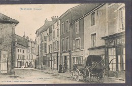 BRUYERES . Place Léopold . - Bruyeres