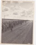RARE  PHOTO DE L'AGENCE LUCE  PRISONNIERS SOVIETIQUES SUR LE FRONT DE L'EST - Guerre, Militaire