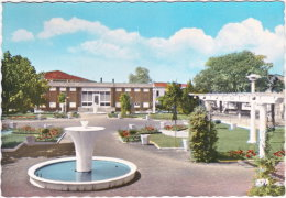 31. Gf. VILLEFRANCHE-DE-LAURAGAIS. Jardin Public Et La Poste. 117 - Autres Communes