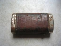 Ancienne Lampe De Poche Française, Hauteur 9cm, Largeur 5 Cm - 1914-18