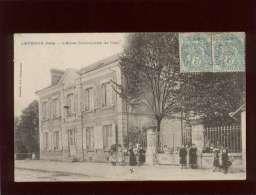 36 Levroux L'école Communale De Filles édit. E.C.  Animée Enfants - France
