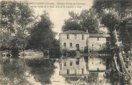 GALGON ANTIQUE MOULIN DE CAUSSAYE - France