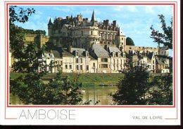 """CP (37) : AMBOISE  """" Le  Château Et La Loire """" - Amboise"""