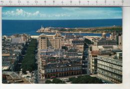 Avenida Del Prado Con El Morro Al Fondo - Habana - Cuba