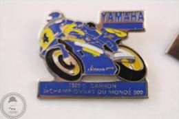 Yamaha Racing Motorcycle 1989 C. Sarron 3e Championnat Du Monde 500 - Pin Badge #PLS - Motos
