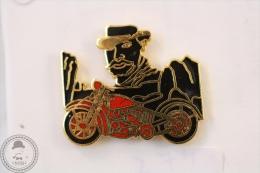Old Harley Davidson Style Motorcycle/ Motorbike Racing - Pin Badge #PLS - Motos