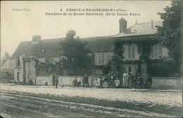60 PEROY LES GOMBRIES / Pavillon De La Route Nationale Dit La Vache Noire / - France