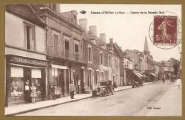 Cosne - D´Allier  (Allier) -- Centre De La Grande Rue - CHAPELLERIE - CHAPEAU - VOITURE - Francia
